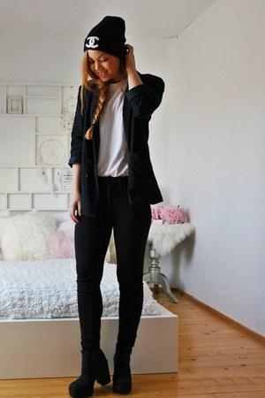 H&M boots - DIY hat - H&M leggings - Bijenkorf blazer