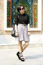 Black-chapel-shirt-brown-mango-belt-gray-skirt-black-mango-bag-gray-paul