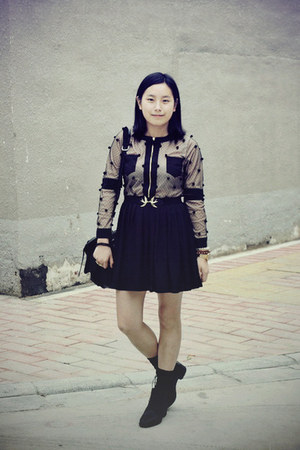 black Bata boots - black dress - black rubi bag - black H&M bracelet - black H&M