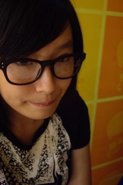 glasses - Mango t-shirt