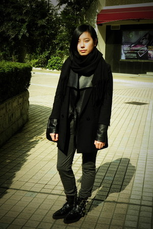 black H&M blazer - black puzzle boots - black leather jacket - black scarf