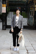 gray TH blazer - white chapel t-shirt - black pants - black purse - gray rubi sh