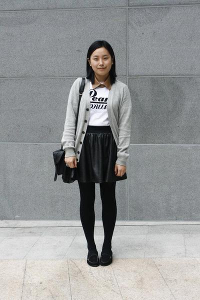 rubi bag - leather collar tie - mens Uniqlo t-shirt - mens Uniqlo cardigan - lea