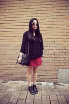 black Bata boots - black rubi bag - silver LICKEY and Friends sunglasses