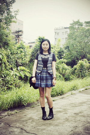 black Bata boots - black rubi bag - black Paul Smith socks - blue DIZEN skirt -