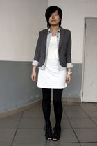 gray TH blazer - blue Sie go shirt - white Blossom t-shirt - black leggings - bl