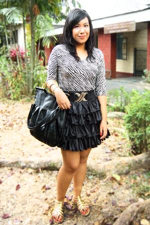 white thrifted top - black Yanie Medina skirt - gold Rusty Lopez shoes - black L