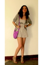 vintage cardigan - a&f blouse - HDY shorts - CMG shoes - H&M purse - Forever 21