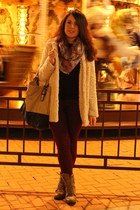 beige BLANCO coat - ruby red Massimo Dutti scarf - beige Zara bag