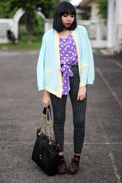 dark brown shoes - light blue chiffon blazer - black quilted bag