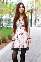 white floral Zara dress