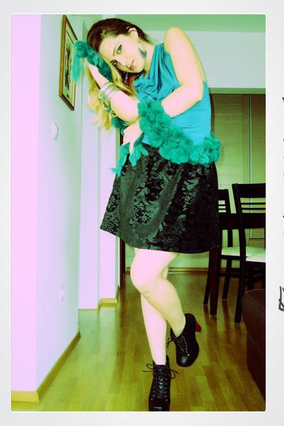 Stradivarius skirt - Jeffrey Campbell shoes
