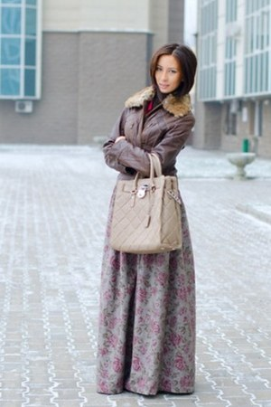 silver my design skirt - brown wilsons leather jacket - tan Michael Kors bag