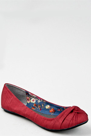 ruby red Qupid flats