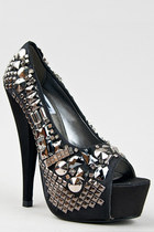 Black-kiss-kouture-pumps