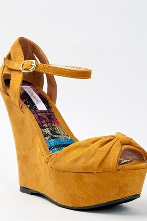 Qupid wedges