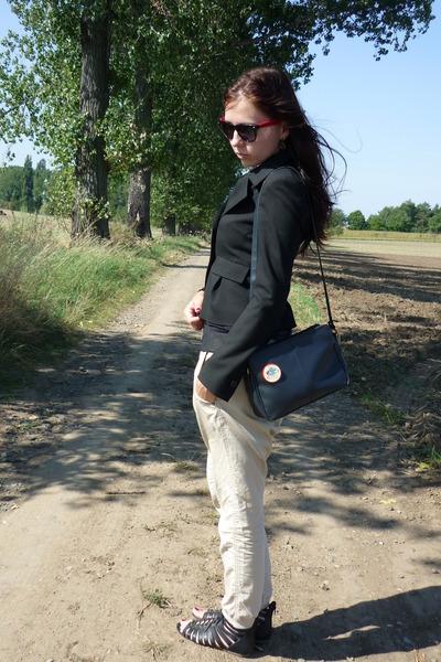 black blazer - black retro sunglasses - black top - cream pants
