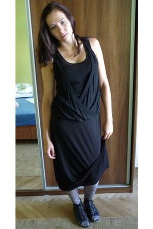 black H&M dress - silver tights - black unknown top - black sandals