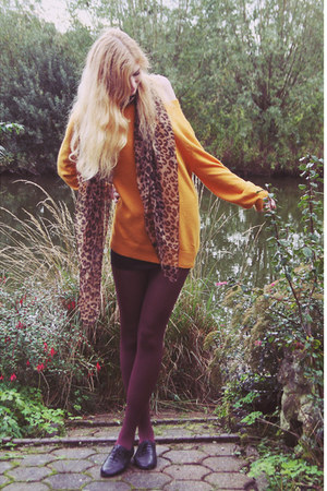 leopard scarf scarf - black vagabond shoes - mustard romwe sweater