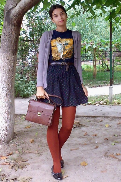 dark brown satchel Zara purse - navy shirt - burnt orange tights