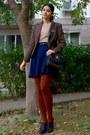 Brown-thrifted-blazer-burnt-orange-tights-black-thrifted-purse
