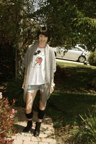 gray Forever21 sweater - white vintage shirt - blue shorts - black Aldo shoes