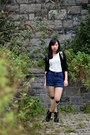 Tattoo-taobao-stockings-leather-clarks-boots-denim-h-m-shorts