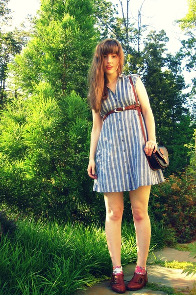 blue Urban Outfitters dress - brown thrifted belt - brown vintaged thrifted shoe