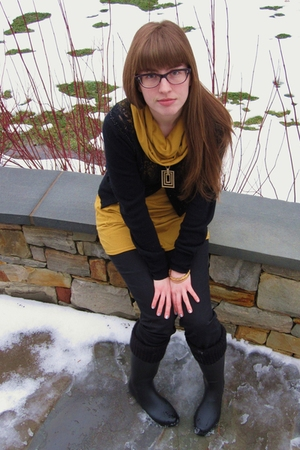 yellow American Apparel shirt - black madewell jeans - black Urban Outfitters bo