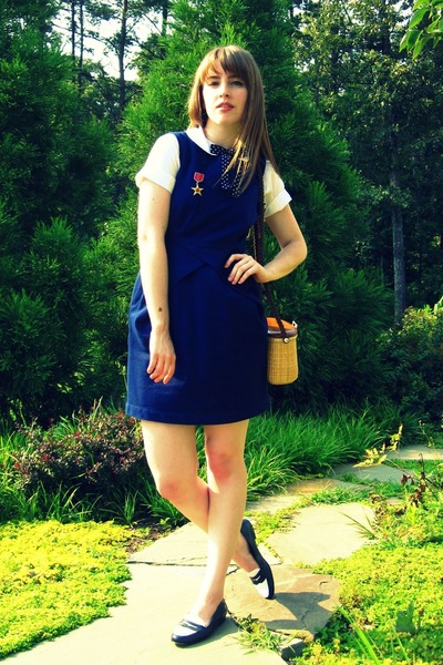 blue Tulle dress - blue thrifted vintage shoes - brown thrifted purse - white th