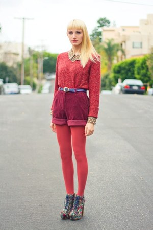 coral knitted thrifted sweater - salmon opaque Urban Outfitters tights
