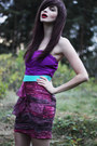 Deep-purple-color-block-estela-balan-dress-magenta-bowler-monki-hat