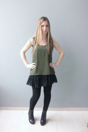 black asos leggings - black Guess vest - black Zara skirt - green asos top