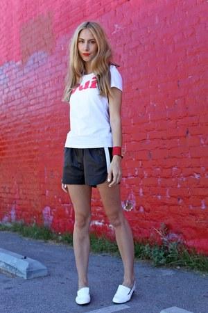 oui lecoldesfemmes t-shirt - maia Acne Studios shorts