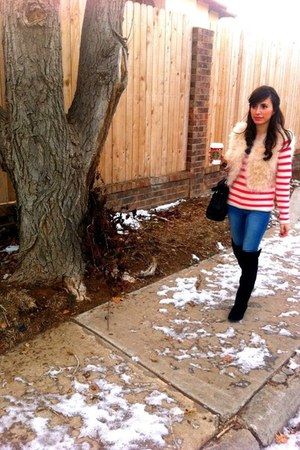 faux fur Forever 21 vest - Forever 21 boots - stripes Old Navy sweater