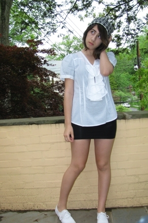 white H&amp;M hat - white sneakers Keds shoes - black American Apparel dress