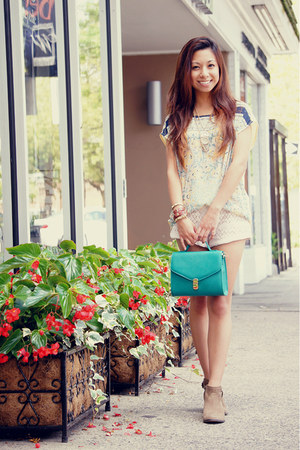 green Forever 21 bag - tan Steve Madden boots - ivory Urban Outfitters shorts