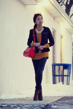 red sammydress bag - mustard Tommy Hilfiger sweater - black sammydress blazer
