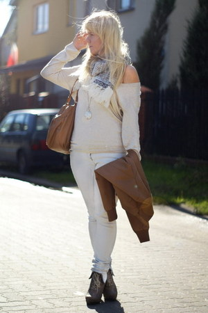 beige thrifted sweater - blue trifted scarf - camel Ebay shoes