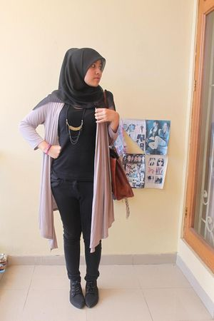 black Zara top - beige Marks and Spencer cardigan - black Topshop pants - black