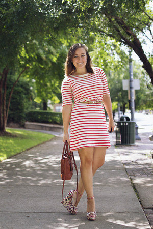 ruby red striped tee StyleMint dress - star print Shoedazzle wedges