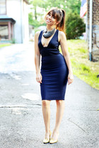 navy deep v top - navy pencil skirt - charcoal gray statement Emma Ware necklace