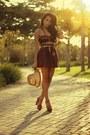 Carrot-orange-polka-dotslace-vovo-santa-skirt-hot-pink-schutz-heels
