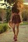 Carrot-orange-polka-dotslace-vovo-santa-skirt-dark-brown-alphorria-top