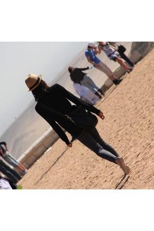 tan J Crew hat - black MOSICUSS bag - gray J Brand jeans
