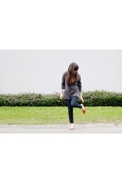 BCBG heels - emporium jeans - Aziz sweater - Forever21 watch - asos ring