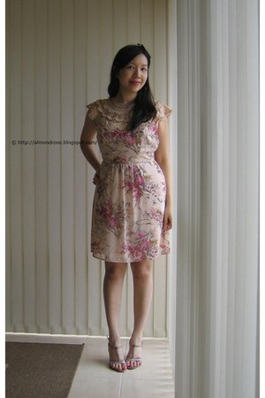 pink Anise dress - salmon Vincci heels