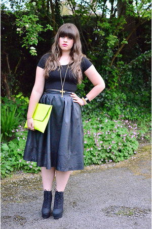chartreuse clutch asoscom bag - black faux leather H&M skirt