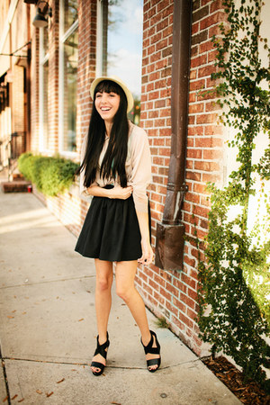 Urban Outfitters skirt - Urban Outfitters hat - Urban Outfitters top - H&amp;M top