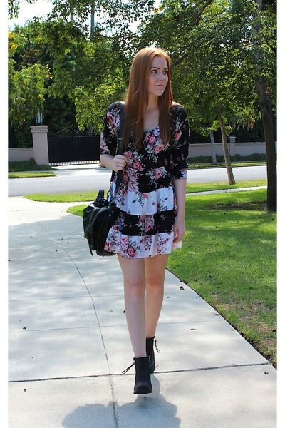 black floral Arnhem dress - black ankle boots Bianco boots